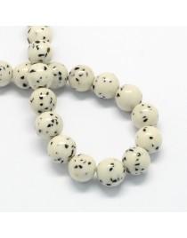 Sintetinio akmens karoliukai, apvalūs, balti, matmenys: 12mm, skylė: 1.5mm; apie 33vnt./gijoje