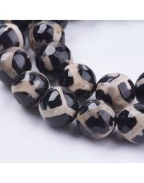 Agato karoliukai, briaunuoti, apvalūs, juodai balti, matmenys: 10mm, skylė: 1mm; ~ 37vnt. gijoje