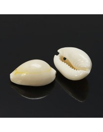 Kriauklės pakabukas, matmenys: 17~22x11~16x9~11mm, skylė: 1mm;