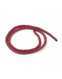 Polimerinio molio diskeliai, raudonos spalvos, matmenys: 4x1mm, skylė: 1mm; ~380-400 vnt./gijoje